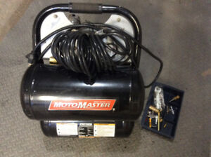 Compresseur 5 gallons, 125lbs/po2, 1,5hp. 100.00$