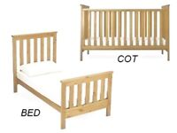 Mothercare Jamestown Cotbed with Changer unit & Mattress