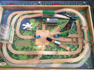 Custom Made Train Table with Authentic Thomas Train and Track Stratford Kitchener Area image 4