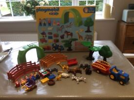 Playmobil 123 Farm Zoo Play set with box