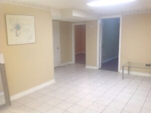 BASEMENT APARTMENT FOR RENT NEAR SQUARE-ONE