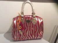 Brand new hand bag and purse