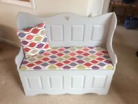 Painted Solid Pine Settle