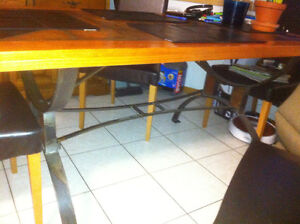 Kitchen Table (Price reduced)