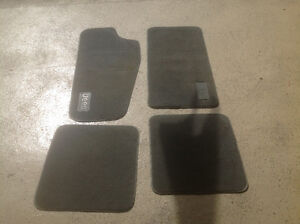 JEEP CHEROKEE GENUINE MOPAR CARPET FLOOR MATS ( SET OF 4)