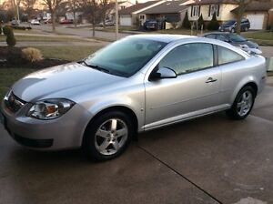 2010 Chevrolet Cobalt LT Coupe Team Canada Edition LOW MILEAGE!!