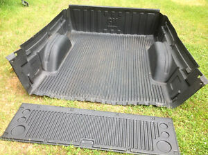 GMC mud guards, box liner and tailgate cover