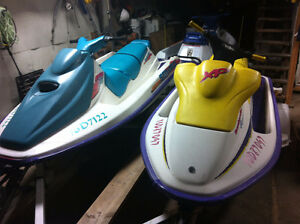 2 motomarines Sea Doo et remorque double