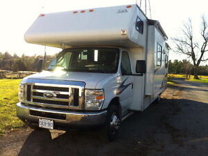 31ft Motor Home RV low Km!!