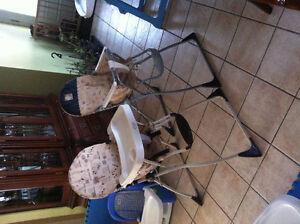 3 chaises hautes