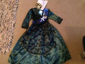 Horrible Histories girls Queen Victoria dress