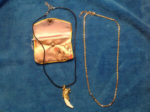 """New 18"""" Fox Necklace with Gold Plated Necklace --$15.00"""