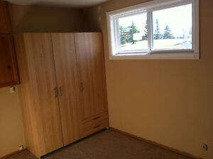 2 Beds Basement Suite Located in the Mill Woods Available Immedi Edmonton Edmonton Area image 1