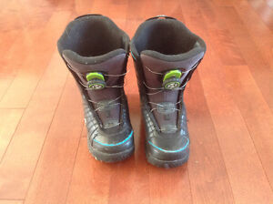 Youth/Kids Size 4 K2 Snowboard Boots