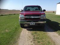 2003 Chevrolet Silverado 1500 silver Pickup Truck