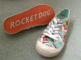 Rocket Dog Pumps