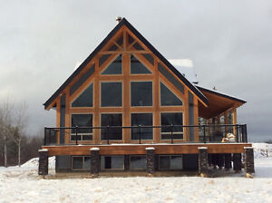 NEW EXCECUTIVE HOME ON 5 ACRES