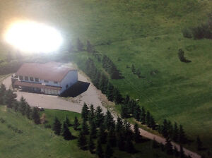 9.14 acreage+House Near Bearspaw NW Calgary$795k 403-860-4478