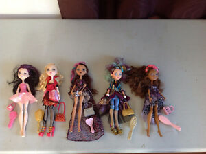 JOUET POUPEÉ EVER AFTER HIGH + BRATZ ET MONSTER HIGH