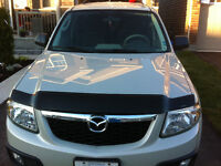 2009 Mazda Tribute SUV with low KM's