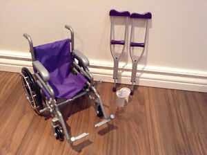 "18"" Doll Wheelchair / Chaise roulante pour poupée 18"""