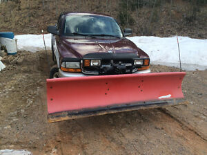 2003 Dodge Dakota With plow