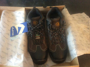Brand New Work Boots size 9
