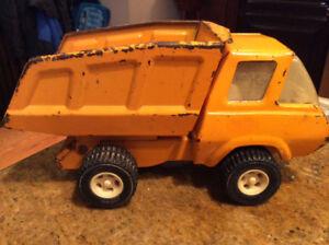 Vintage Tonka Orange Mini Construction Truck