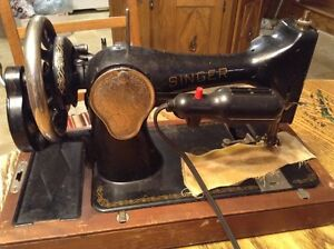 "ANTIQUE "" SIMANCO"" SINGER SEWING MACHINE HAND CRANK"