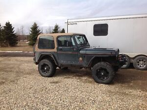 Jeep 4X4 YJ - Sahara 1994 IN GREAT CONDITION!!!