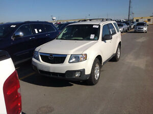 2011 MAZDA TRIBUTE AWD 181K KM $3900 AS IS