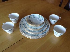 Ensemble de vaisselle Queen Anne