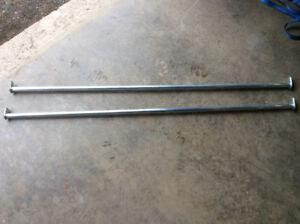 2 clothes hanger rails