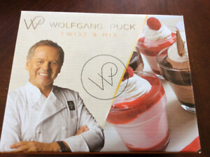 New! Wolfgang Puck 3 in 1 Twist & Mix set