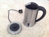 Morphy Richards milk frother/heater