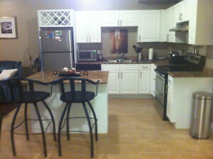All Inclusie Exec One Bedroom Apartment beside MSVU