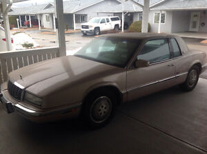 1991 Buick Riviera Coupe (2 door)