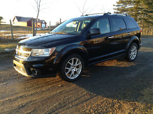 2014 Dodge Journey R/T *3rd Row Seating, DVD, Nav, Loaded*