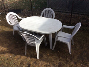 Large Grey Resin Patio Set, 4Chairs & Table 4.5 feet L, 3 feet W