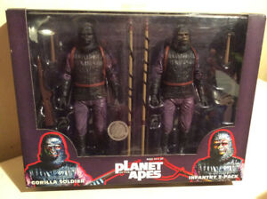 Neca Planet of the Apes Gorilla Soldier Infantry 2 pack TRU