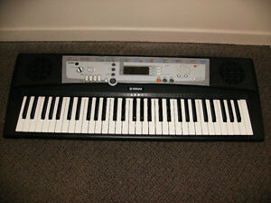 Yamaha Keyboard / Good Sounding & Working Condition / Lindsay$50