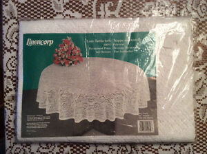 NAPPES BLANCHES  / white tablecloths West Island Greater Montréal image 3