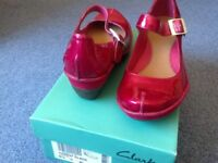 Clarks raspberry wedges