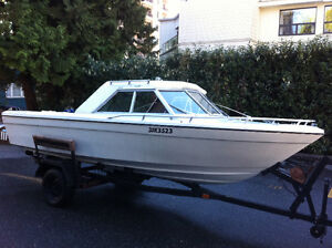 20ft Hardtop OMC in/outboard 165hp