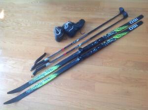 Skis de fond à écailles pour enfant