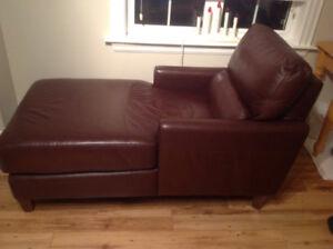 For sale - Sexton Leather Chaise
