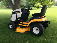 Lawn tractor / snowblower