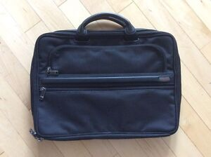 "Sac pour ordinateur portable 15"" TUMI Alpha for 15"" laptop bag"