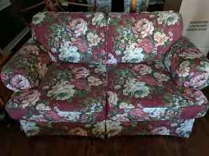 Couch or Loveseat  Cambridge Kitchener Area image 2