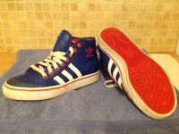 Adidas boots. Size 5. Good condition.